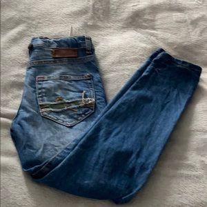 Zara jeans!!!